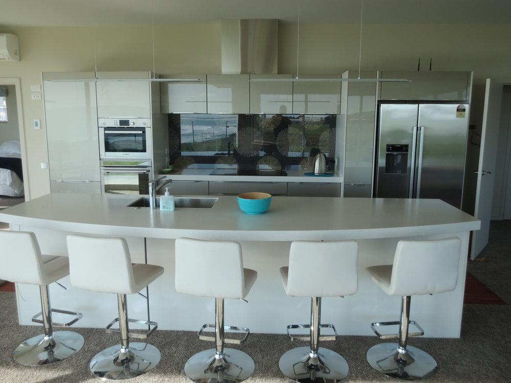 Kaka point Kitchen 008.JPG