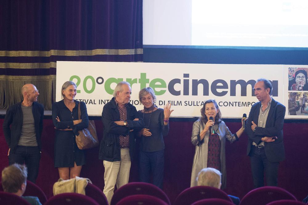 Presentazione del film  Feuer & Flamme  con il regista Iwan Schumacher e Felix Lehner (a destra), fondatore della St.Gallen Art Foundry