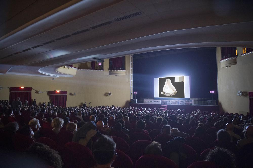 Richard Hamilton, dans le reflet de Marcel Duchamp,  film still