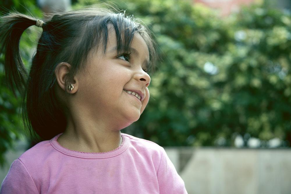 Nada Syrian refugee helped by Arwa Damon INARA
