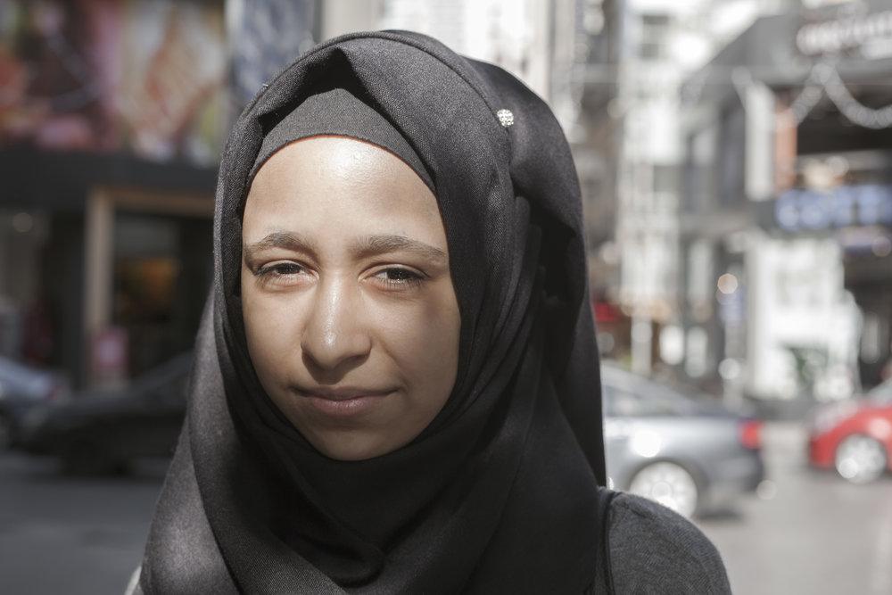 Sama scoliosis INARA Syrian refugees Arwa Damon
