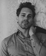 Thomas Sadoski black and white 4.jpg