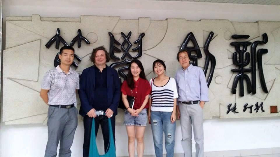 6-Shenzhen-promoters.jpg