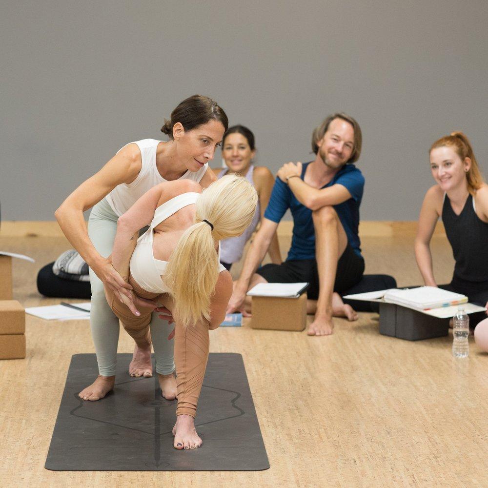 Cathy_Madeo_Yoga_assist.JPG