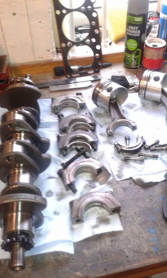 Various Pistons, etc.jpg