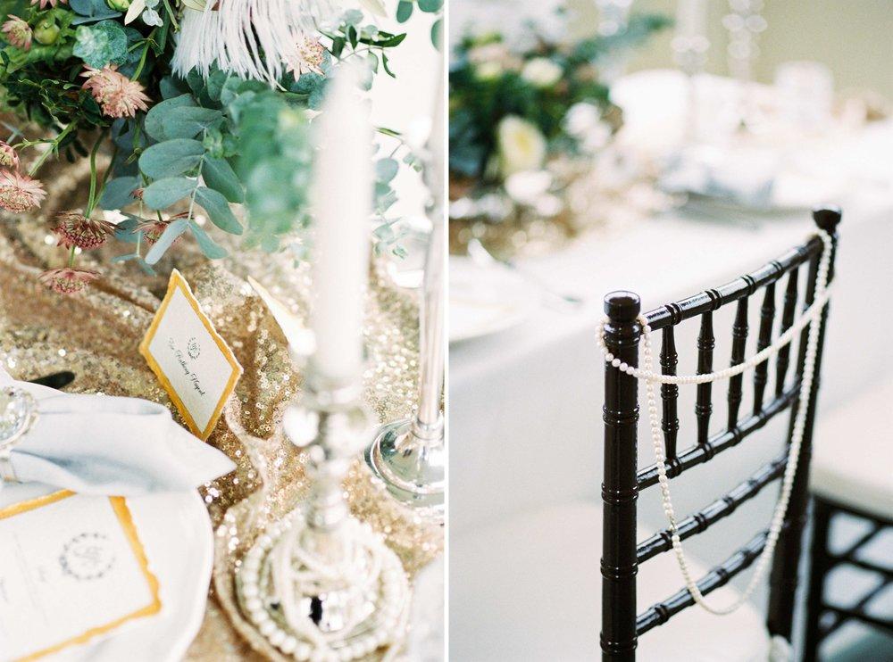 eskuvo-dekoracio-amerikai-szek-arany-ezust.jpg