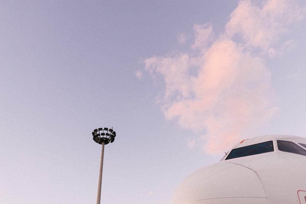 Easyjet-opening-1103_42.jpg