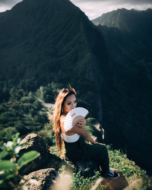 📍OAHU, HI #3 of my Supreme fan series 📷: Shot by @jasonjko  One of my favorite places in the world + I never get tired of going back. Spontaneously decided to go on this hike and face my fear of heights 😂. Overall, it all worked out and the view was 💯 worth it  #mysupremeseries #supreme