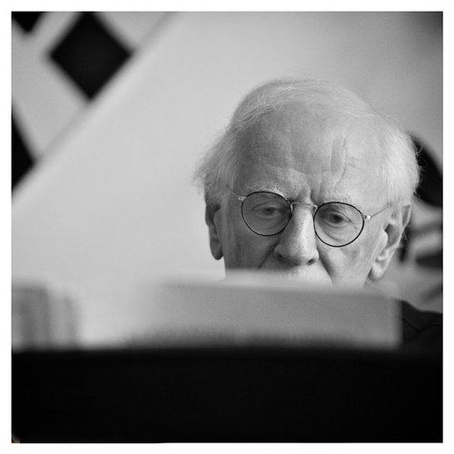 Pianista y pedagogo Ton Harsuiker (1933-2015). Fotografía: Hans Bakker (NL).
