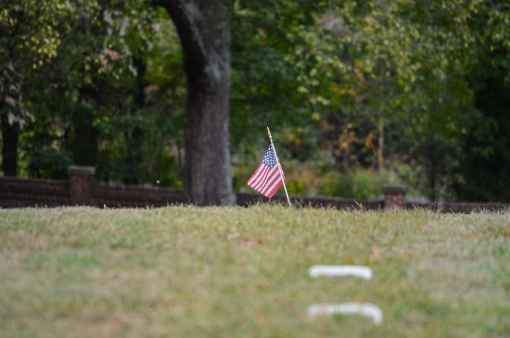 Flag in cemetery.jpg