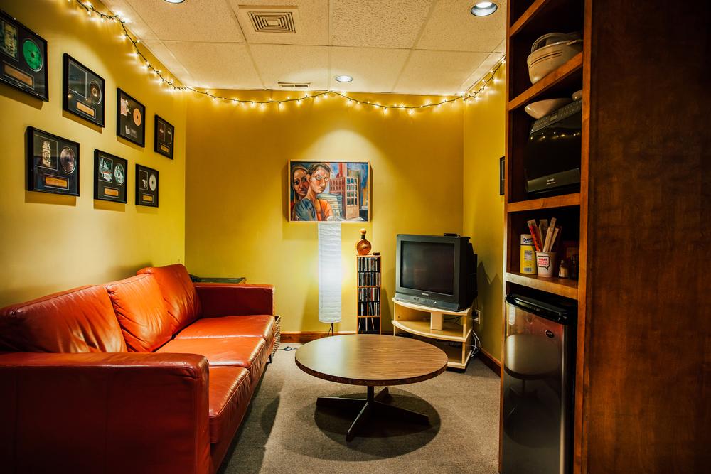 Gravity Studios Studio B Lounge 2.jpg