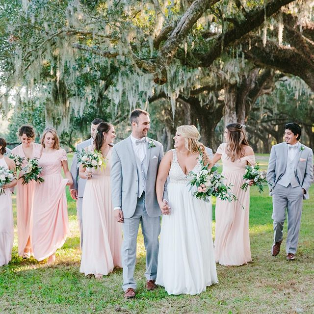 Walking into the work week is a little easier today! School's back in session and we are BACK on a routine! Summer is officially over for the Meeks' ☺️ So many great memories made this summer! . . . #empbride #charlestonbride #emilymeeksphoto #southernbride #emilymeeksphotography #southernwedding #charlestonwedding #charlestonweddings #bridesmagazine #theknotcarolinas #charlestonweddingphotographer #charlestonweddingphotography #thetrendybride #thecarolinasmagazine