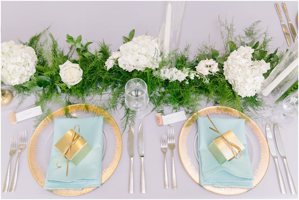 simple decor with pops of tiffany blue