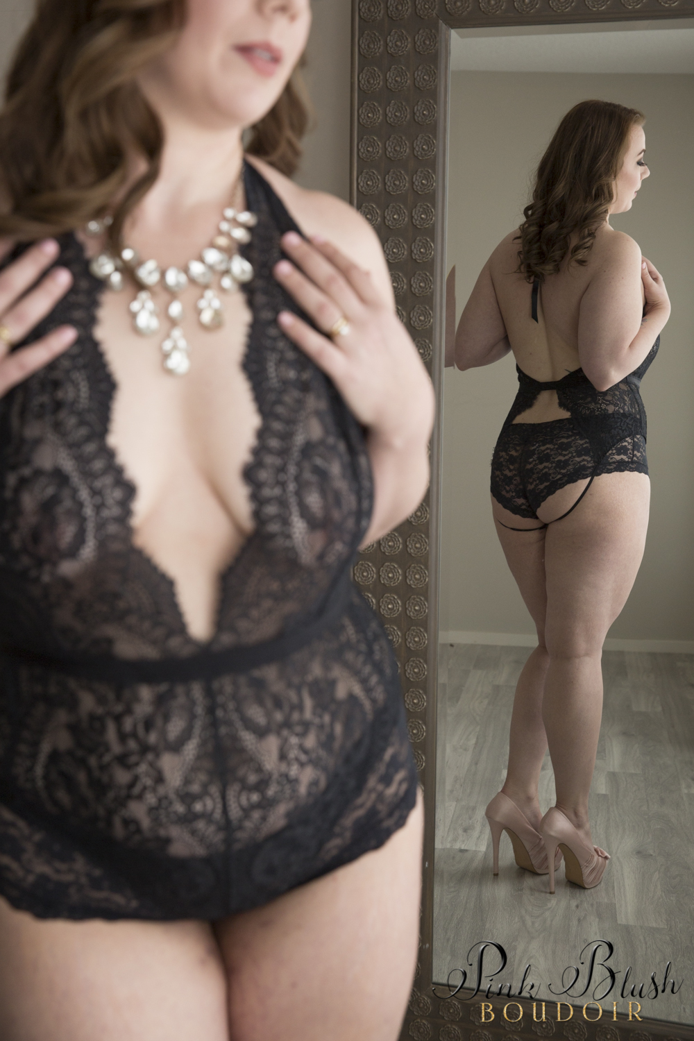 Curvy Boudoir Photos