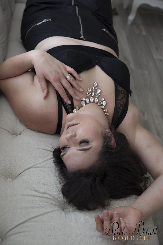 Curvy Boudoir Photos