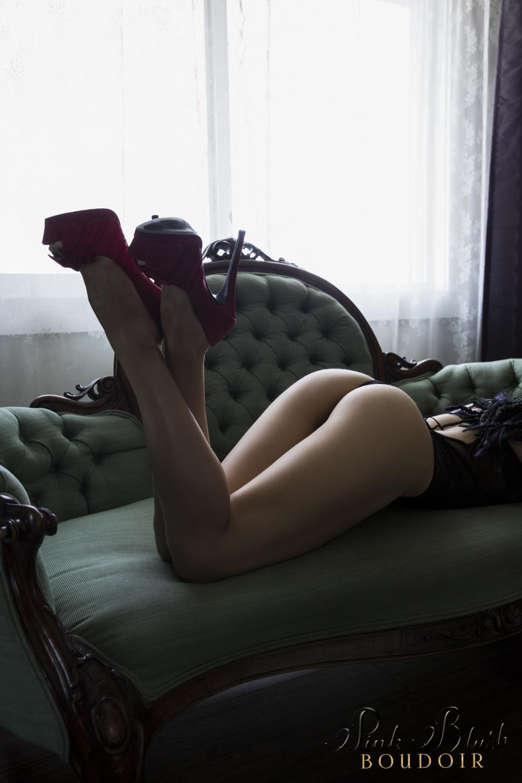 Boudoir Photography Edmonton, woman's butt