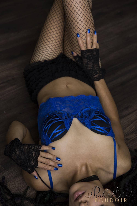 Boudoir Photography Edmonton, blue bra black fishnets a woman body