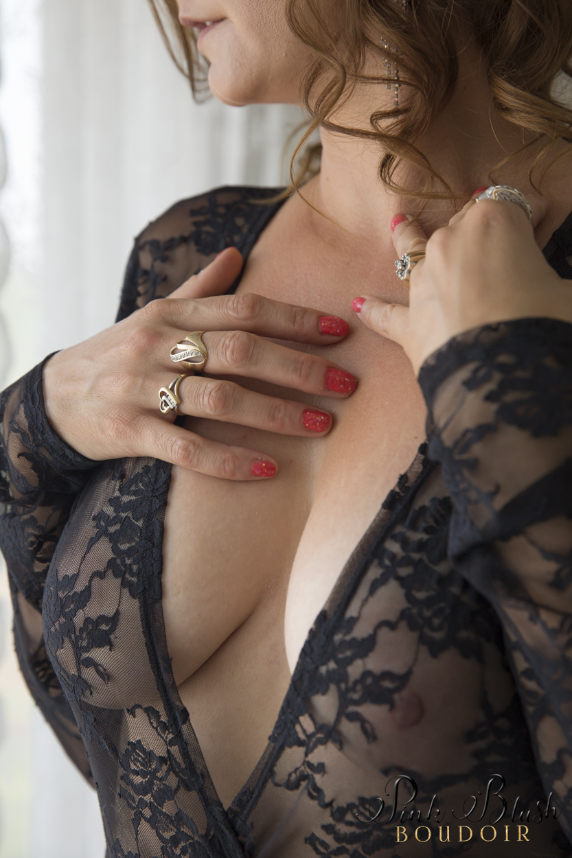 Boudoir Photography, close up of a woman's cleavage