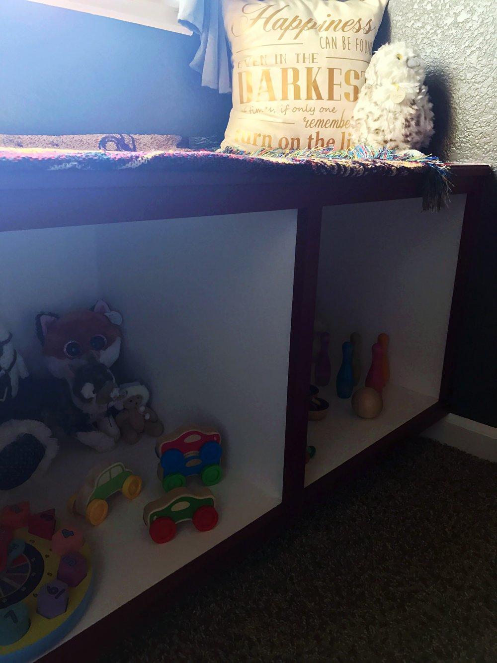 Harry Potter Toddler Room - Window Seat Owl