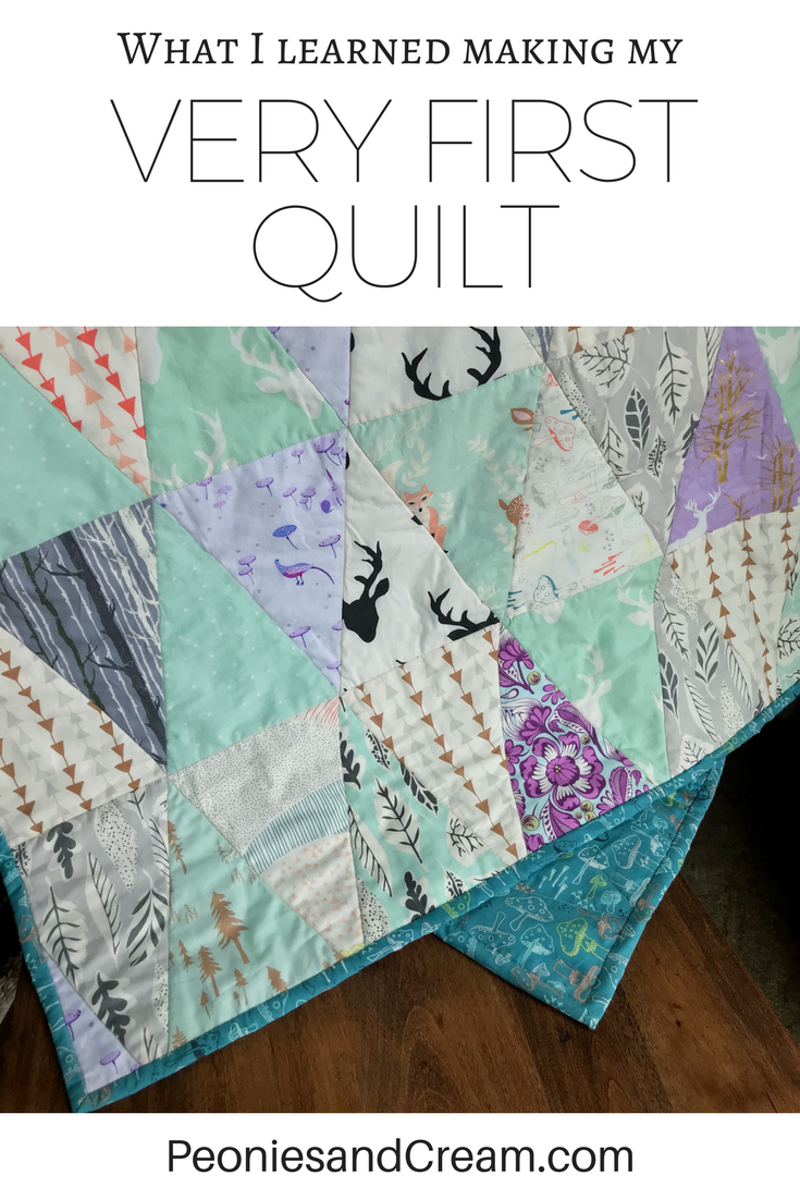 Evelyns Triangle Quilt Peonies Cream