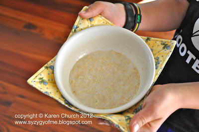 Soup Bowl Cozy from Syzygy of Me and 2 Little Hooligans on Peonies and Cream - DIY gift