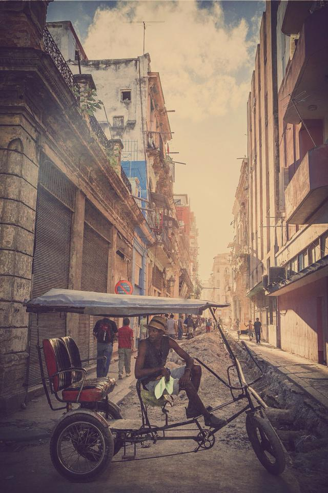 CUBA_STREET_2.jpg