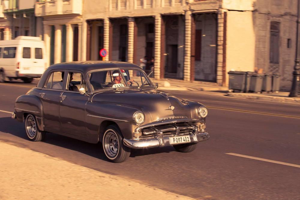 CUBA_CARS_2.jpg