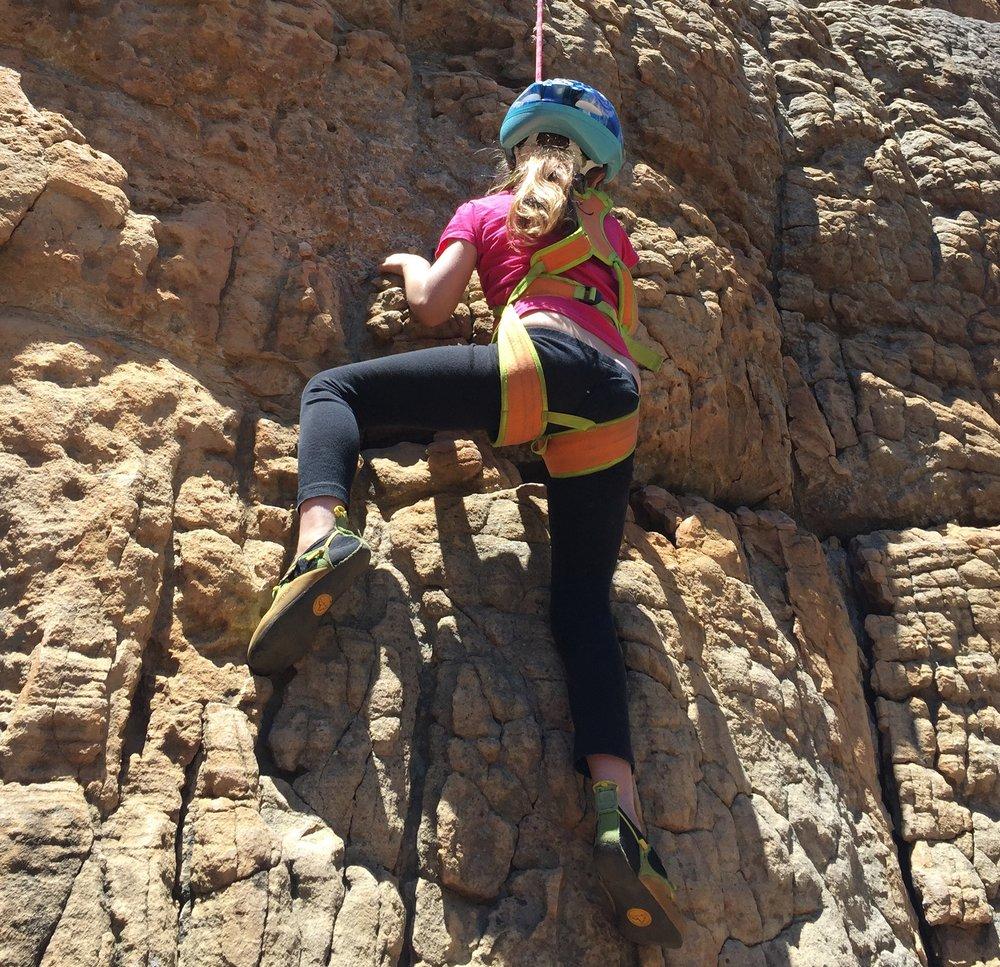 Madeleine_Climbing_Grampians.JPG