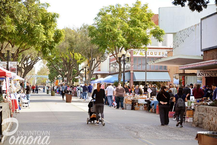 Downtown-Pomona-Collectors-St-Faire3.jpg