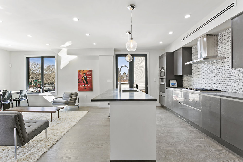 175_kosciuszko_street__townhouse_brooklyn_(3).jpg