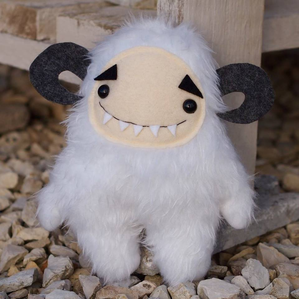 Wampa beast plush from Gallerie St Gery