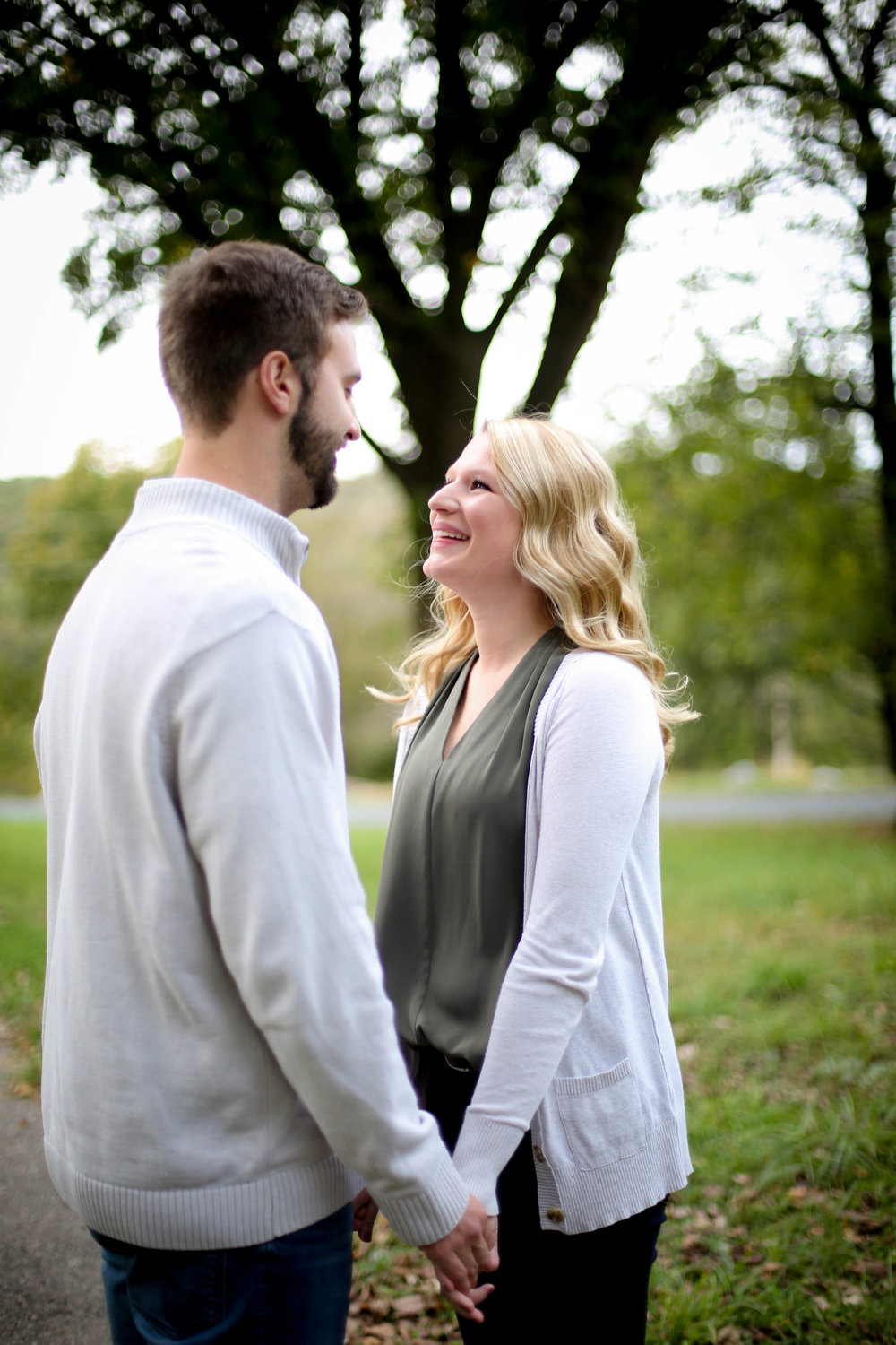 Engagement Photos-47.jpg