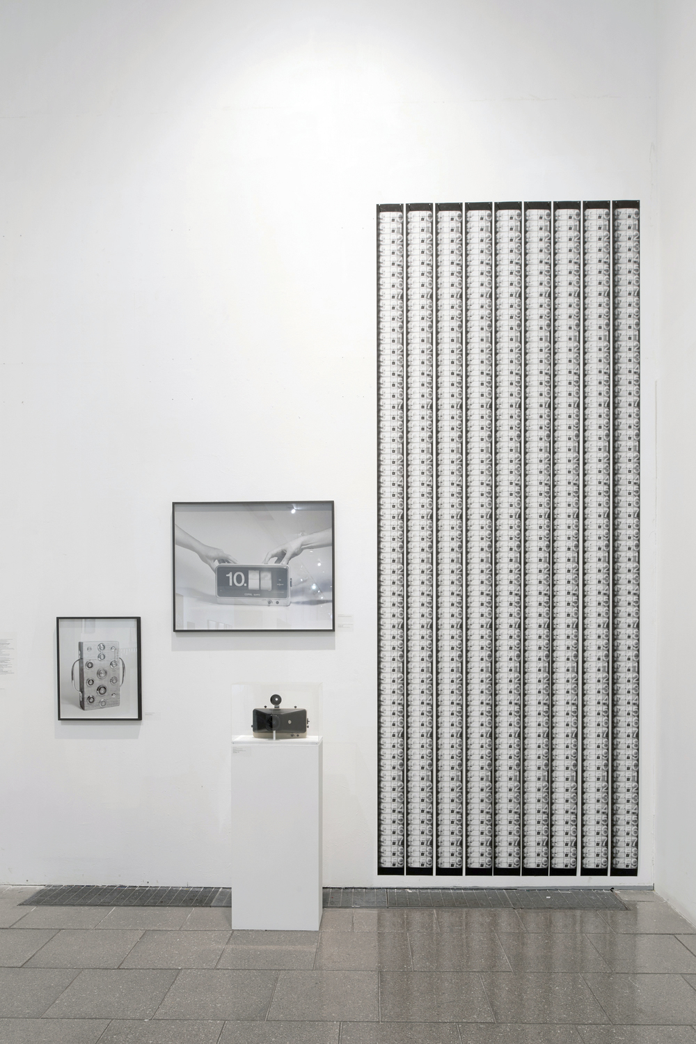 Kawara's Clock and its Prints
