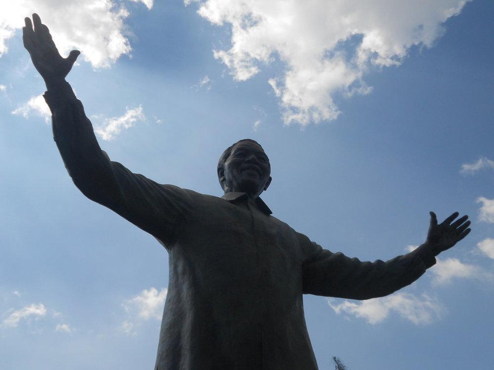 Estátua de Nelson Mandela em Pretória.
