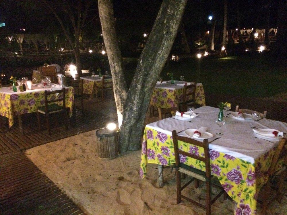 Restaurante à noite Pousada Vila Kalango Jericoacoara.