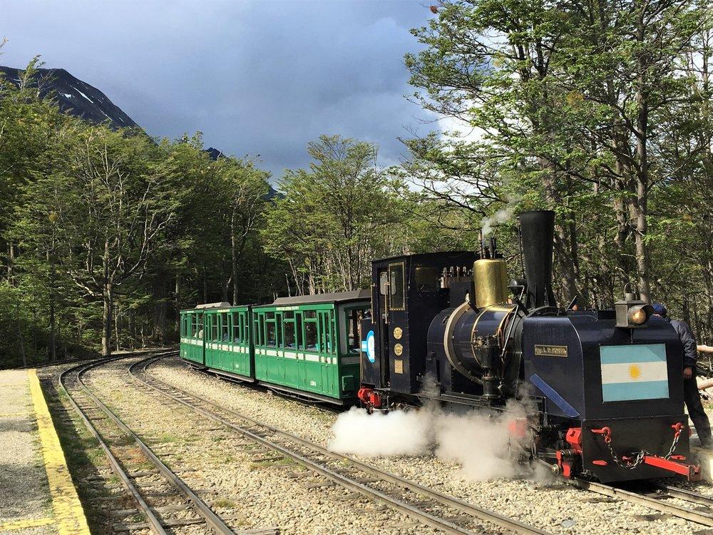 Trem do Fim do Mundo , também conhecido como trem dos presos.