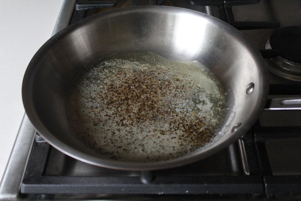 cacio e pepe using Barilla ProteinPLUS pasta