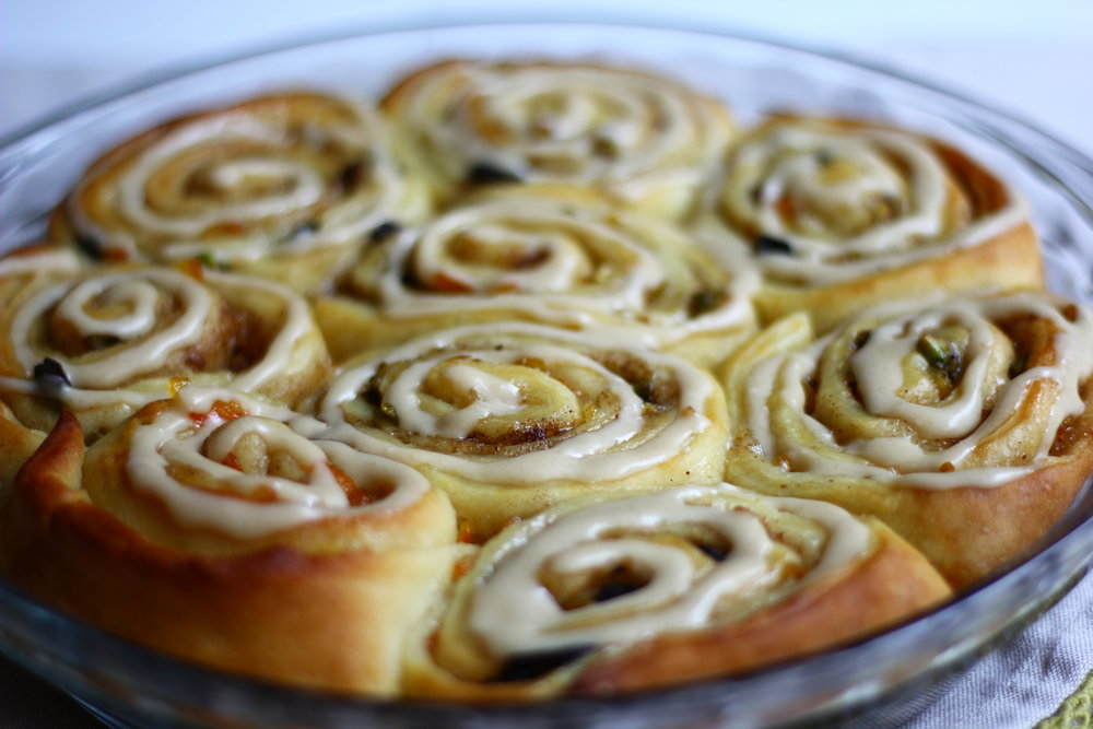 SWEET ORANGE ROLLS WITH CARDAMOM, CHOCOLATE, AND PISTACHIO