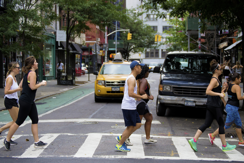 NYC-runners-cab-street-run-Runstreet