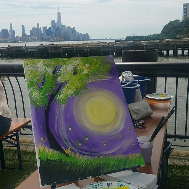 Warm summer days turn into warm summer nights! Thanks to everyone who joined us for another amazing class @pier13hoboken this morning #paint #hoboken #pier13hoboken #pier13 #jerseycity #waterfront #summer #fireflies