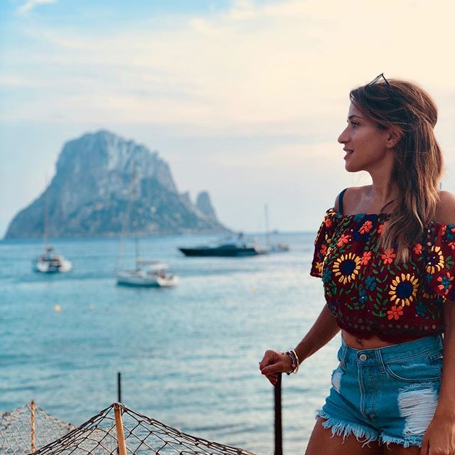 MAKING A WISH OVERLOOKING ES VERDA (a 400 m rock off Ibiza)is supposed to come true. They say it's the third most magnetic spot on earth (after the north pole and the Bermuda Triangle). . What would you wish for? . Happy Monday ❤️ . #SpecialPlaces #Travels #MakeAWish #FitnessAndTravel #Adventure #MondayVibes #FitnessUK #EsVerda #Ibiza #Sunsets