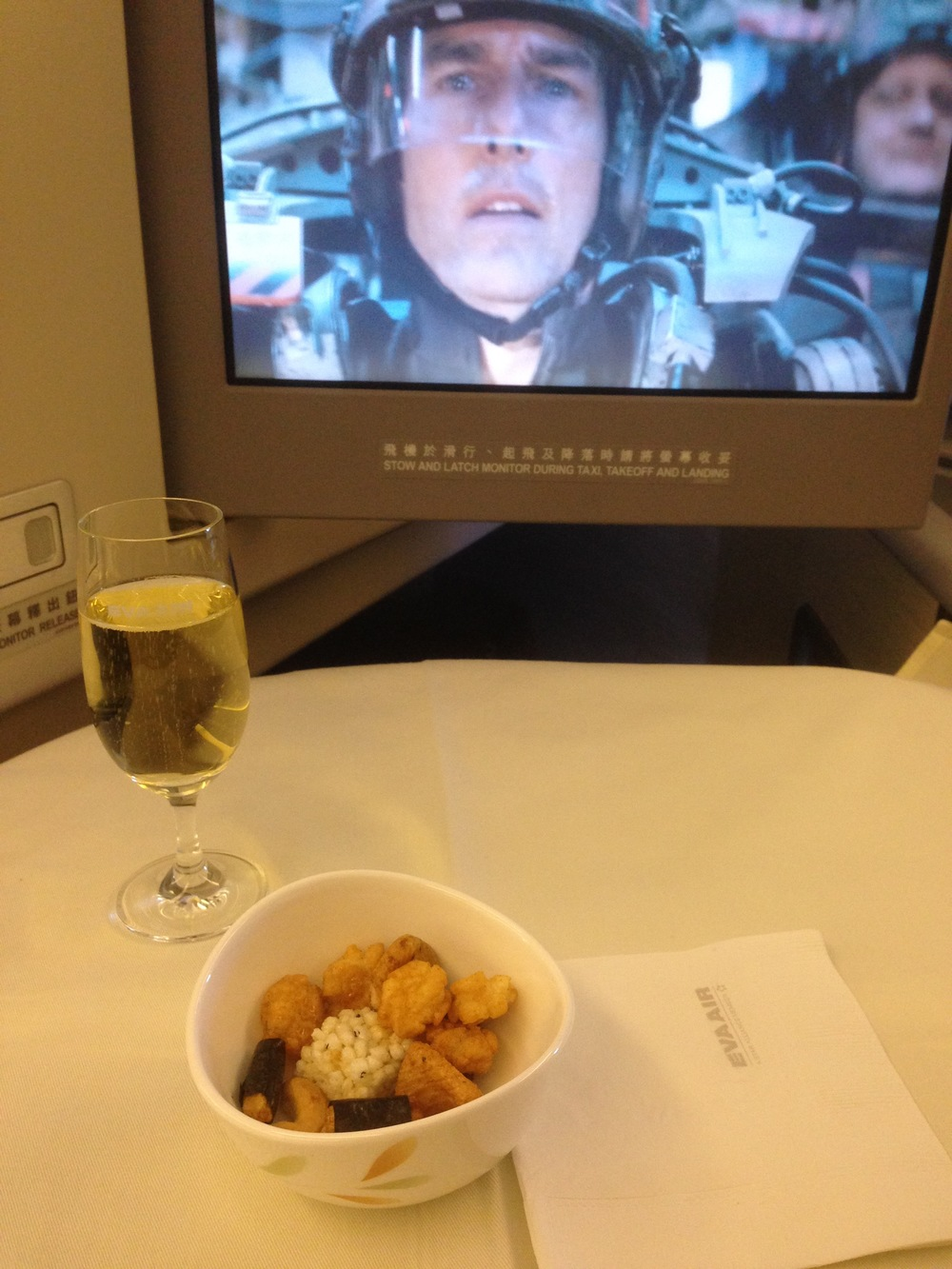 Champagne and Tom Cruise!