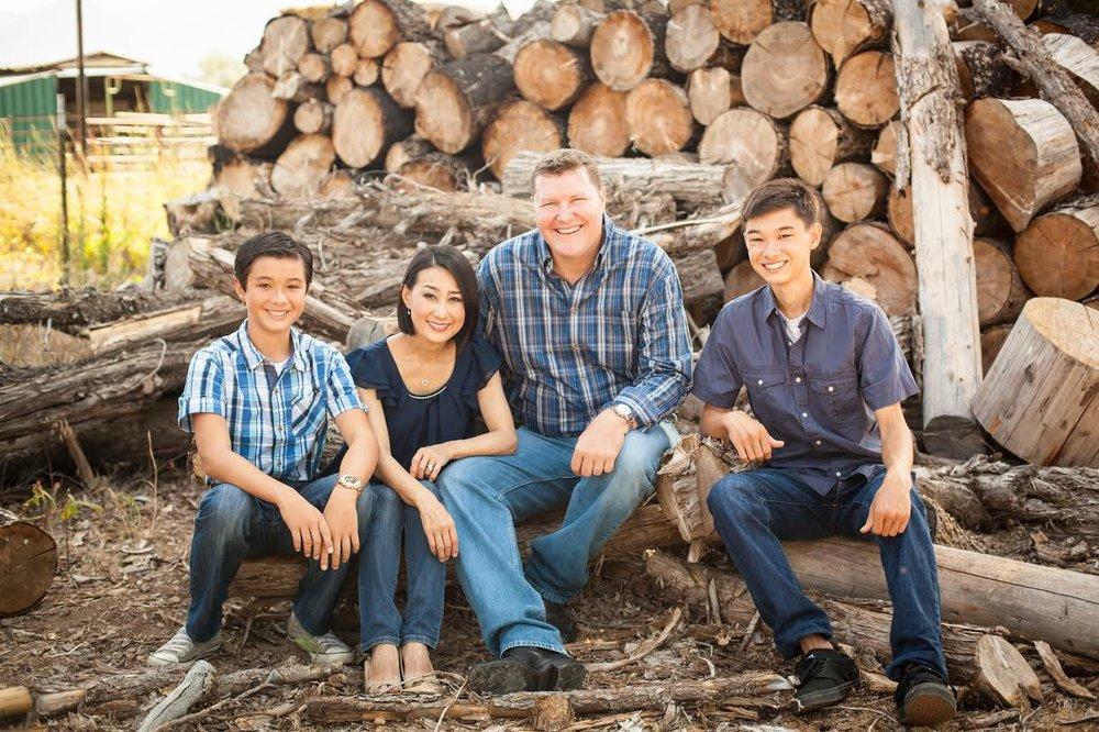 Thomsen Family2.jpg