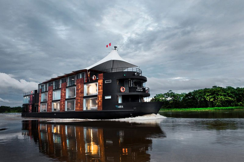 this-floating-hotel-takes-you-through-the-amazon-1.jpg