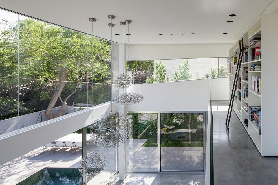 a-modern-concrete-house-7.jpg