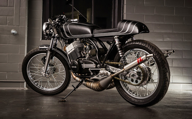 Twineline Yamaha RD350-1-7.jpg