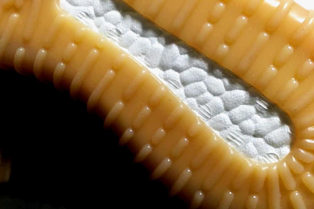 New-Adidas-Yeezy-750-Boost-colorway-02.jpg