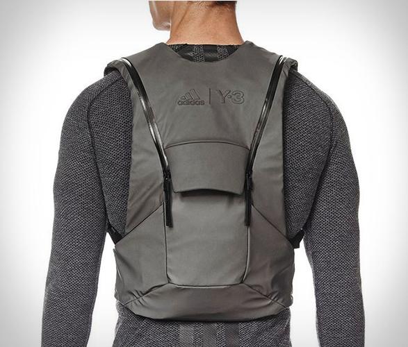y-3-sport-backpack-4.jpg
