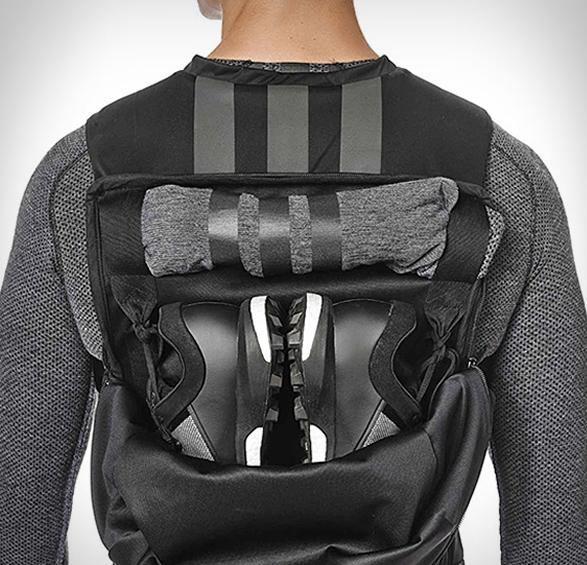 y-3-sport-backpack-2.jpg