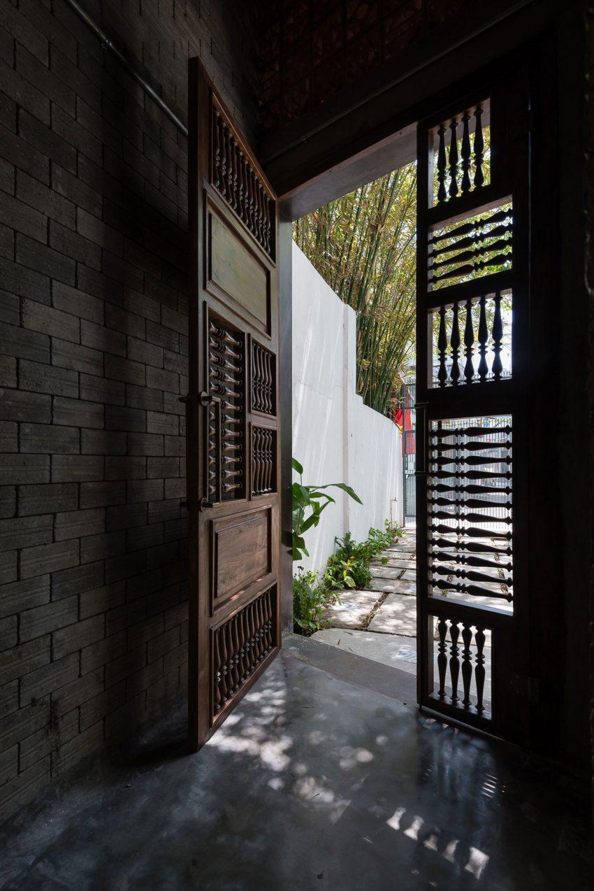Zen-House-02-850x1274.jpg